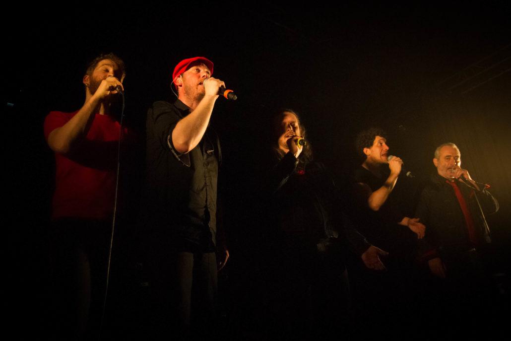 """Résultat de recherche d'images pour """"Mes Souliers Sont Rouges dont le 7°album Ce qui nous lie"""""""